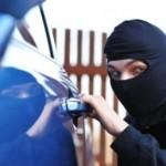На Волыни трое молодчиков угнали автомобиль Mercedes-Benz