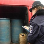 На Волыни задержали грузовик с шестистами литрами спирта