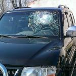 Волынянам, которые разбили кирпичом в джипові стекло, грозит до 4 лет лишения свободы