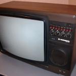 В Луцке из отеля похитили телевизор