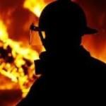 В Луцке спасатели вынесли пенсионерку из охваченной пожаром квартиры