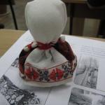 Во СНУ ім. Леси Украинки состоялся мастер-класс по изготовлению куклы-мотанки