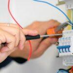 В Сенненском районе производится замена электросчётчиков