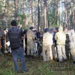 На Маневиччині с копателями янтаря борется тысяча силовиков и БТР