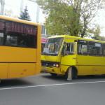Луцком перевозчику власти города пригрозили отобрать маршруты